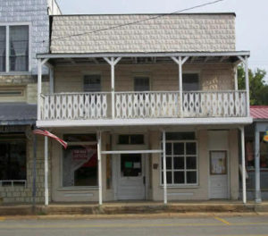 Historic Old Hardy Hotel